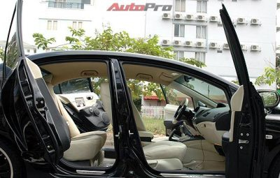 Sài Gòn: Civic độ cửa kiểu Rolls Royce! - 5
