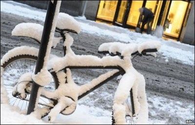 Giao thông nước Anh trong bão tuyết - 5