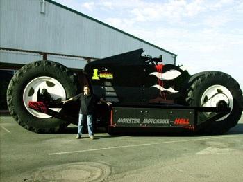 """""""Gã khổng lồ"""" của thế giới mô-tô - 2"""