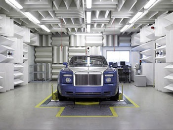 Rolls-Royce Phantom - Một góc nhìn cận cảnh - 7