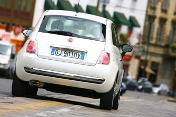 Xe Fiat 500 được vinh danh ở châu Âu  - 2