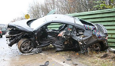 Tai nạn kinh hoàng với siêu xe Audi R8  - 1