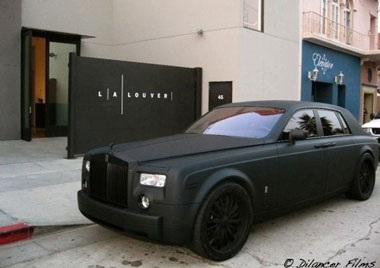 Một chiếc Rolls-Royce lạ - 4