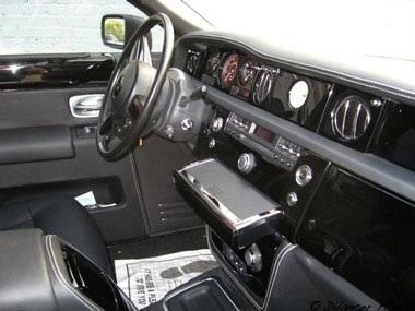 Một chiếc Rolls-Royce lạ - 5