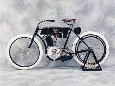 Chuyện về Harley-Davidson huyền thoại - 2