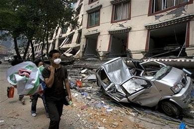 Ô tô trong động đất - 13