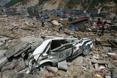 Ô tô trong động đất - 6