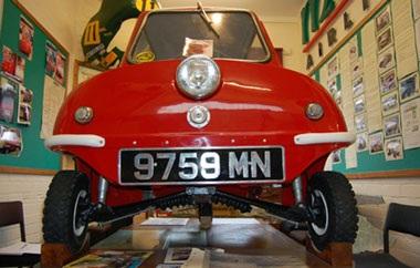 Peel P50 - Mẫu ô tô nhỏ nhất thế giới  - 2