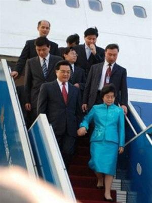 Chùm ảnh Chủ tịch Hồ Cẩm Đào thăm Đà Nẵng, Hội An - 1