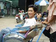 Một người Việt kỳ lạ - 2
