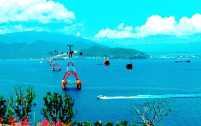 Ngắm biển Nha Trang từ… trên trời - 1