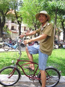 Chủ nhật của những người chơi xe cổ Sài Gòn  - 1