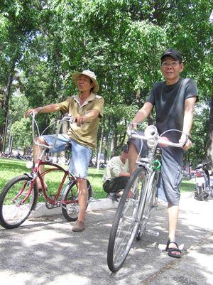 Chủ nhật của những người chơi xe cổ Sài Gòn  - 3