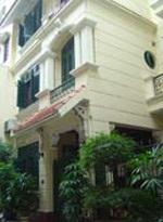 Hà Nội yêu cầu báo cáo việc bán nhà cho Thống đốc  - 1