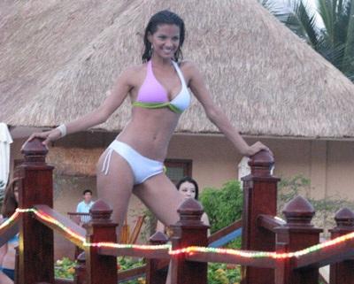 Chiêm ngưỡng người đẹp các châu lục trình diễn bikini - 7