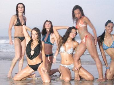 Chiêm ngưỡng người đẹp các châu lục trình diễn bikini - 9