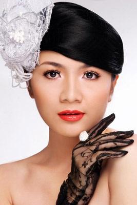 """Vì sao người đẹp Việt """"bại"""" trên đấu trường sắc đẹp quốc tế? - 1"""