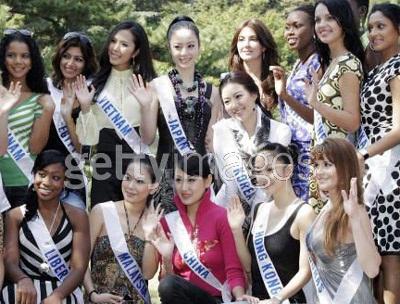 Thi đấu nhan sắc trên trường quốc tế: Người đẹp Việt kể khổ… - 3