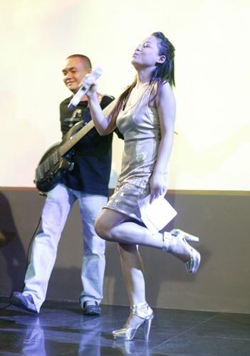 Tối nay, thí sinh Vietnam Idol sẽ cuồng nhiệt với đêm Rock  - 7