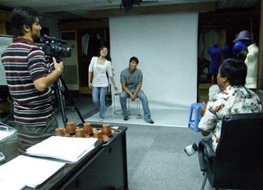 Phim Việt: Đạo diễn dễ tính, người đẹp nhạt nhòa...  - 1