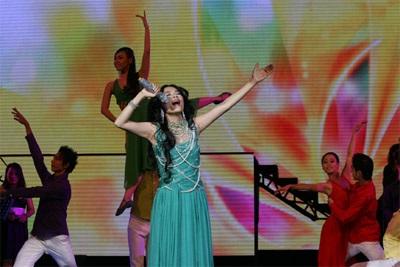 Live show Mỹ Lệ Symphony: Ấn tượng!  - 4
