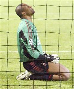 """Chủ tịch Berlusconi """"dốc bầu tâm sự"""" về AC Milan - 2"""
