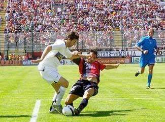 Số phận không mỉm cười với Milan - 2