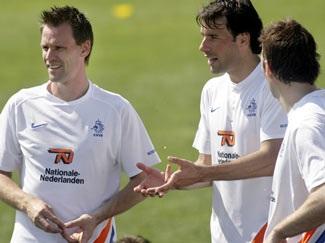 ĐT Hà Lan- Vẫn trông chờ Nistelrooy! - 1