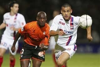 Lyon cùng Marseille tách tốp - 1