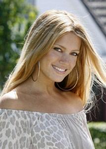 Silvie nóng bỏng - Nguồn cảm hứng của Van der Vaart - 6
