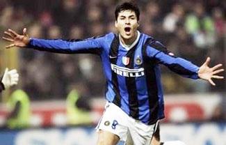 Inter thắng ì ạch, theo kịp Palermo - 1