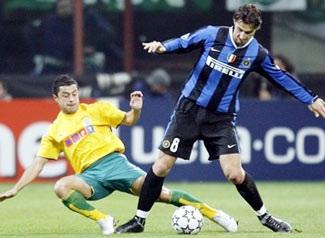 """Sau """"Hùm xám"""", đại gia Inter có mặt! - 2"""