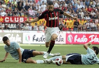 AC Milan khởi đầu cuộc dạo chơi - 1