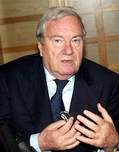 BĐ Italia xôn xao với Chủ tịch Liên đoàn - 1