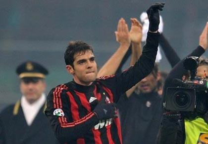 Quyền Chủ tịch Milan bị doạ giết vì định bán Kaka - 2