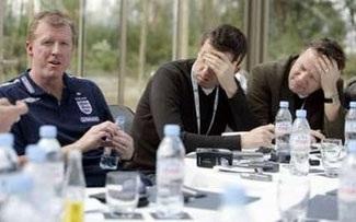 Mất đứt 100 triệu bảng nếu tuyển Anh thất bại? - 1