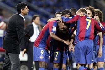 """Rijkaard: """"Chúng tôi có thể làm nên lịch sử"""" - 1"""