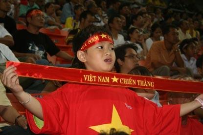 CĐV Việt Nam ngỡ mình đang mơ - 4