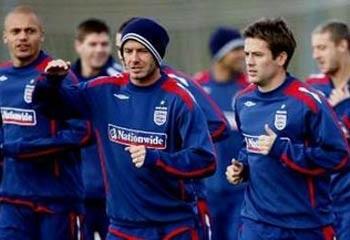 David Beckham sẽ trở lại tuyển Anh! - 1
