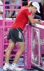 """Henin gặp vận """"đen"""", Italia đăng quang tại Fed Cup - 1"""