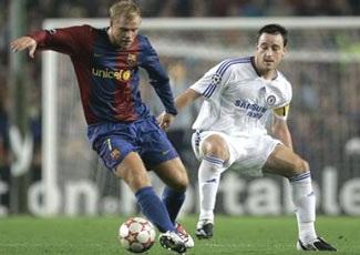 Khó khăn đang chờ đón Barcelona  - 2