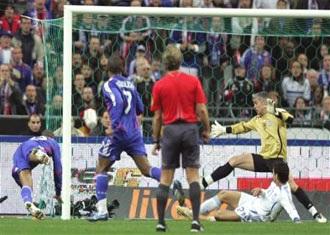 """Materazzi khiến Italia mất chiến thắng, Henry giúp Pháp """"rửa hận"""" - 3"""