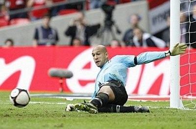 """Hạ gục """"Quỷ đỏ"""" trên chấm penalty, Everton vào chung kết - 1"""