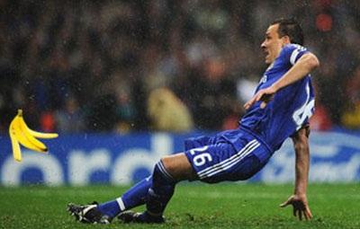 Chùm ảnh hài về cú sút penalty hỏng ăn của John Terry - 2