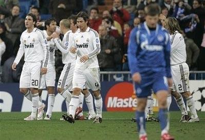 """Real Madrid """"khiêu vũ"""" trong ngày ra mắt của Juande Ramos - 1"""