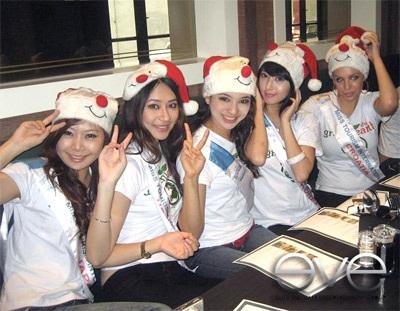 Hoa hậu Ngọc Diễm đón Noel tại Malaysia - 2