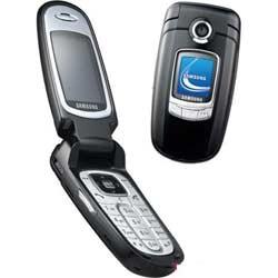 """""""Ưỡn ngực"""" nhờ điện thoại di động cao cấp  - 1"""