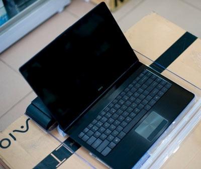 Dell Adamo về Việt Nam với giá 2.900 USD - 2