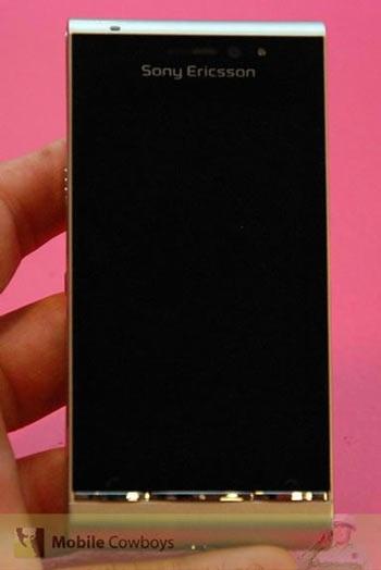 """""""Siêu phẩm"""" Sony Ericsson Idou lộ thêm phiên bản màu bạc - 1"""