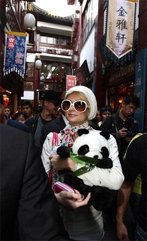 """Paris Hilton """"đại náo"""" Thượng Hải - 2"""